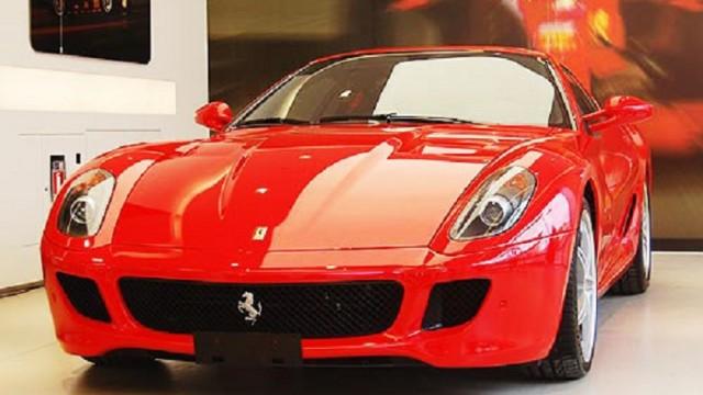 Названы причины ухода Ferrari и Lamborghini с рынка