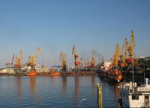 Одесский морской порт подвел итоги 2015 года