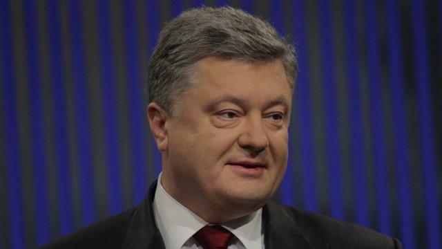 Порошенко уверен, что уговорил МВФ дать Украине $1,7 млрд