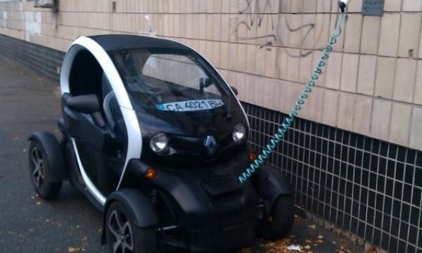 Министры Насалик и Омелян зовут украинцев пересесть на электромобили
