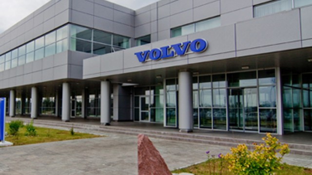 Volvo решил отозвать около 60 тыс. авто
