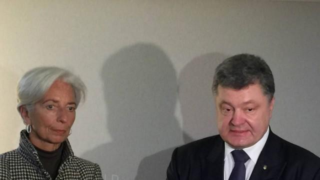 Лагард обсудила с Порошенко требование МВФ