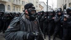 За угрозы или изъятие материалов у журналиста грозит срок