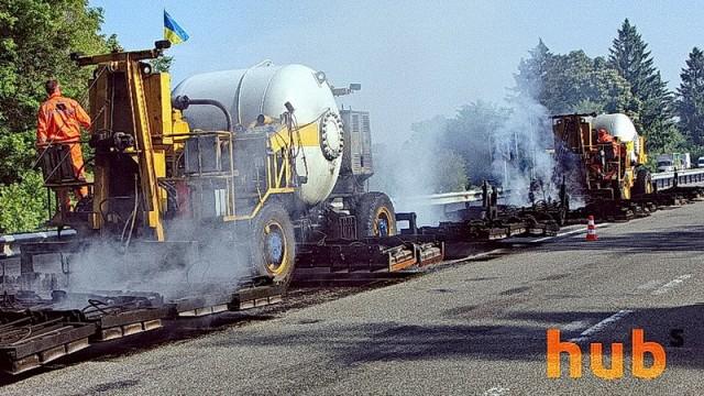 В дороги собираются закатать еще 30 млрд грн