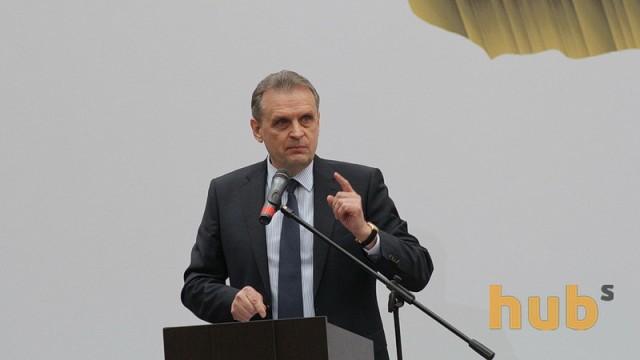 Л. Козаченко: Есть вопросы, касающиеся опыта людей, пришедших в правительство