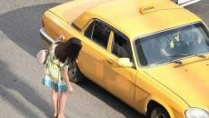 Маршруточников и таксистов переведут на желтые номера