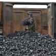 Кабмин выделил деньги на зарплаты шахтерам