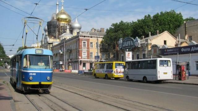 Одесситы стали больше ездить городским транспортом