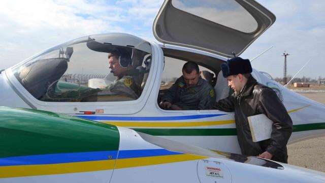 Авиация патрулирует Черное море у берегов Одессы