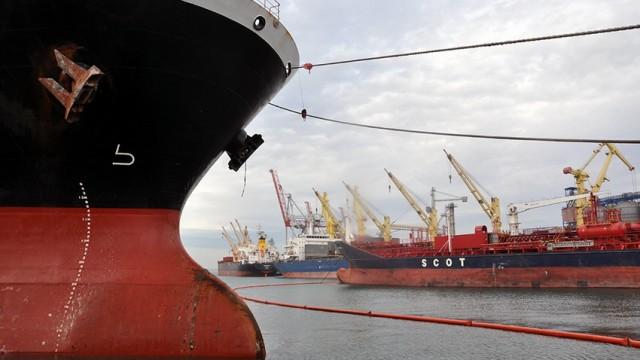 Одесский порт сэкономил 8,2 млн грн на закупках