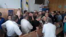 В Ровенском облсовете произошли массовые драки