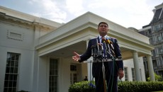 Гройсман пригласил техмиссии министерства торговли и таможенной службы США