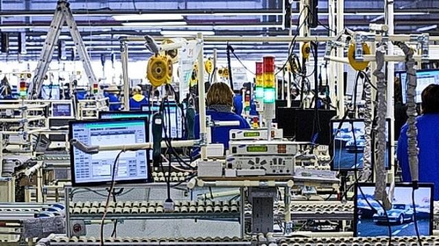 На рынке труда наметился дефицит технарей