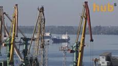 Морпорты снизили переработку грузов на 10%