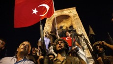 Десятки украинцев нашли безопасность в аэропорту Стамбула, - генконсул