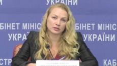 Кабмин принял отставку зама Стеця Поповой