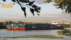 Нибулон начал транспортировать зерно по реке Южный Буг