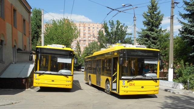 «Богдан» поставил очередную партию троллейбусов в Хмельницкий