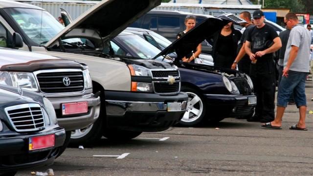 Снижение акцизного сбора не привело к массовому ввозу подержанных авто