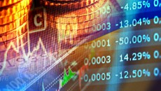 В России рынок акций обвалился на 340 млрд рублей