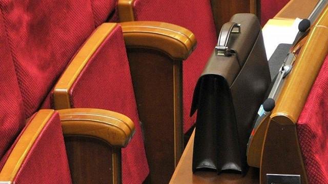 Шесть партий, претендующих на деньги из бюджета, совокупно отчитались лишь о 7,6 млн грн