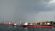 Морские порты увеличили грузоперевалку на 4,5%