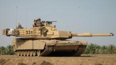 Пентагону выделили бюджет на переброску танков и ракет в Европу