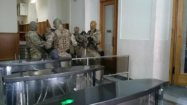 В Харьковском горсовете прошли обыски