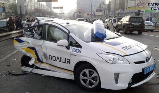 Полиция за год попала в 144 ДТП