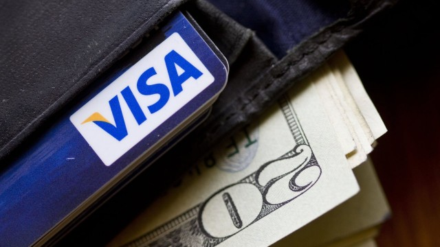 Чистая прибыль Visa сократилась до $6 млрд