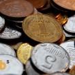 Кабмин посчитал убытки от легализации «евроблях»