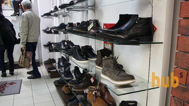 Nike требует от Украины уничтожения 1520 пар поддельной обуви