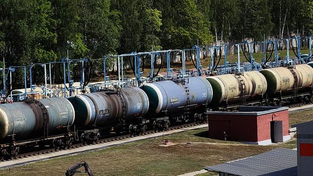 Украина сократила ж/д транзит нефтепродуктов