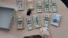 Прокуратура изъяла у работника волынского ГАСКа $100 тыс.