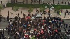 В Киеве под мэрией предприниматели подрались с полицией