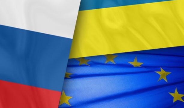 Международный обзор: Украина убеждает Запад говорить c Россией с позиции силы