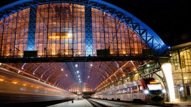 «Укрзалізниця» ввела 24 новых поезда на 2017 год