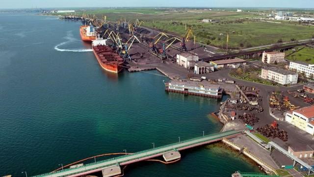 Морпорты заработали чистыми 1,8 млрд грн