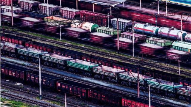 Регуляторная служба заблокировала повышение грузовых тарифов УЗ