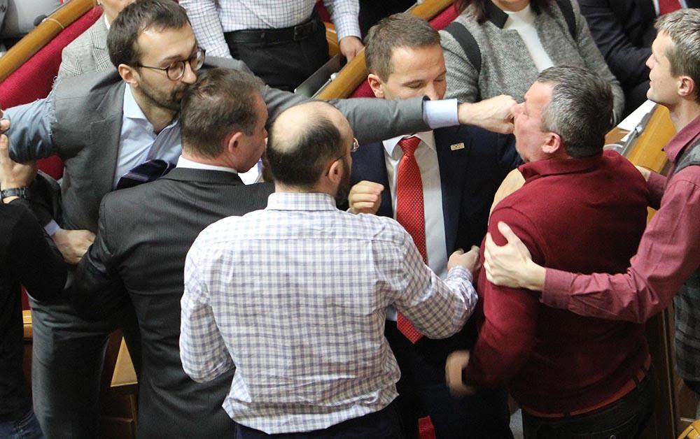 Драка в БПП_ на ринге Лещенко и Мельничук