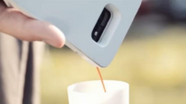 Появился чехол для смартфона, способный варить кофе