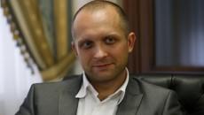 «Янтарный» нардеп Поляков не дает себя обраслетить