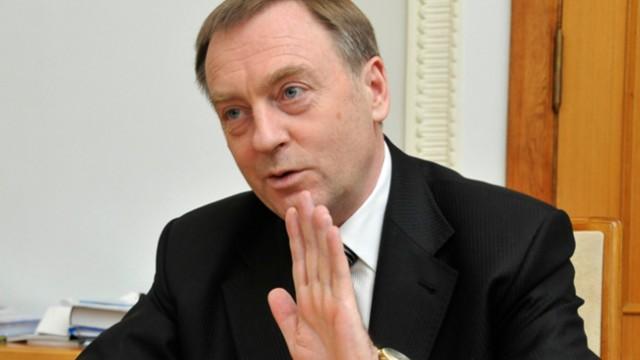 Суд освободил Лавриновича