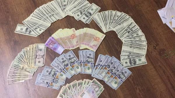 За сдачу коррупционеров планируют выдавать вознаграждение