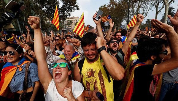 Из-за протестов в Каталонии за медпомощью обратились около 90 человек
