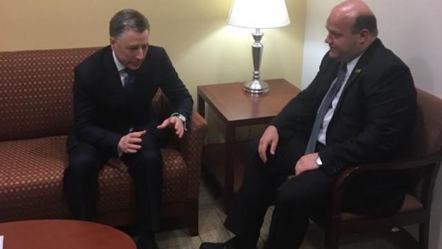 Чалый обсудил с Волкером миротворцев на Донбассе