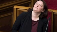Суд закрыл дело экс-главы НАПК