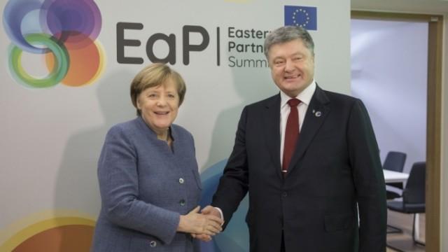 Порошенко встретился с Меркель