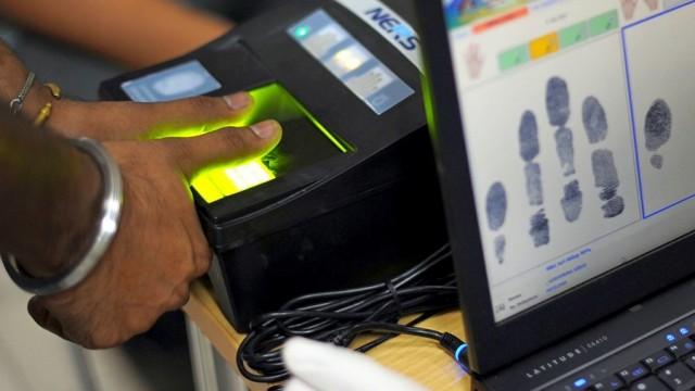 С 1 января на границе с РФ заработает биометрический контроль