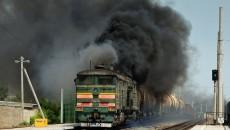 Порошенко подписал закон о ж/д транспорте в ОРДЛО
